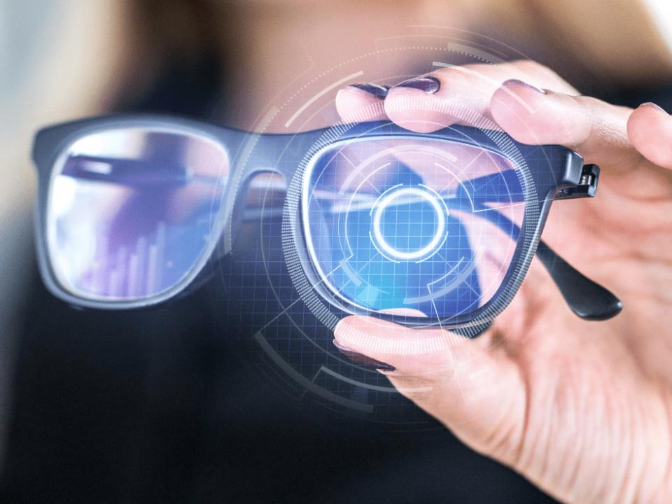Assicurazione occhiali: un servizio dedicato a te